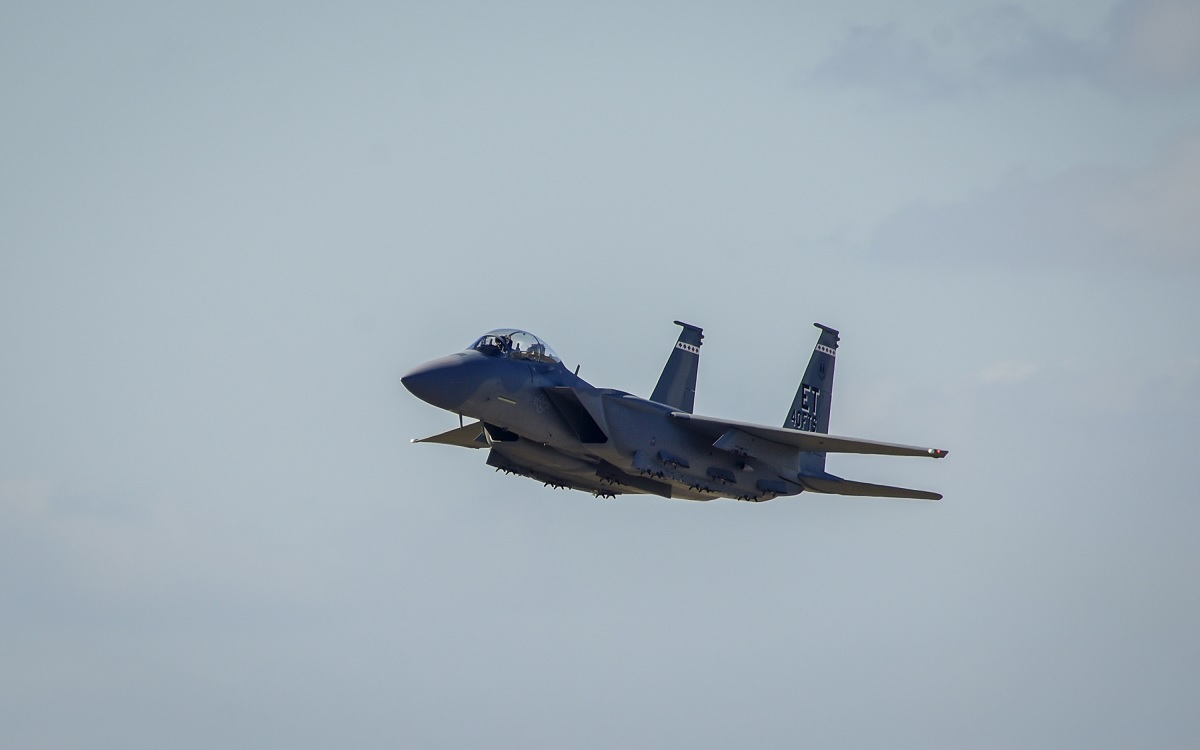 Cool photos show the first F-15EX arriving at Eglin Air Force Base