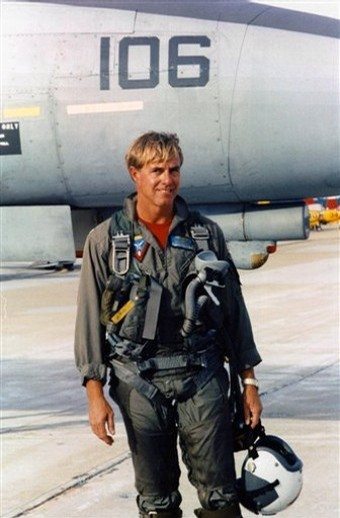 """Dale """"Snort"""" Snodgrass, legendary US Navy F-14 Tomcat pilot, killed in in the crash of a SIAI-Marchetti SM.1019"""